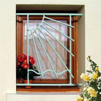grilles de d fense en fer forg et. Black Bedroom Furniture Sets. Home Design Ideas