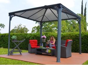 Avec une terrasse munie d 39 un abris faire le lien e - Kiosque aluminium jardin ...