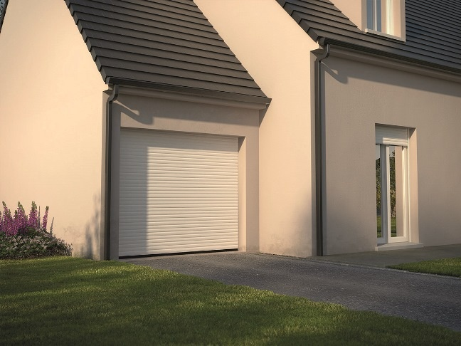 Portes de garage traditionnelles et for Porte garage enroulable