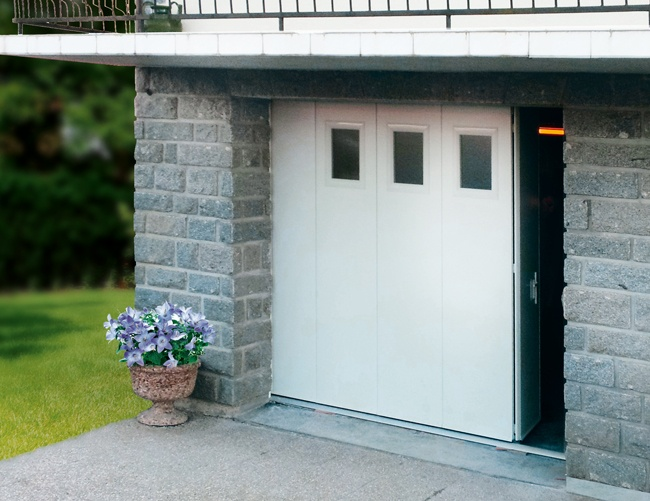 Portes de garage traditionnelles et for Porte sectionnelle garage 3m