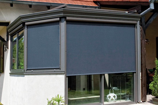 protections solaires de v randas toits fa ades int rieures ext rieures. Black Bedroom Furniture Sets. Home Design Ideas